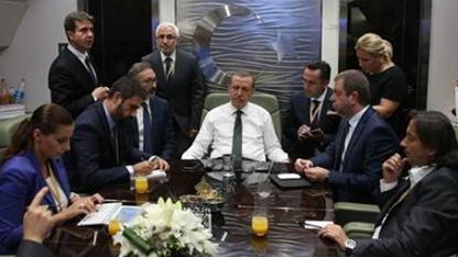 Cumhurbaşkanı Erdoğan, uluslararası kredi derecelendirme kuruluşlarını Türkiye'ye yönelik tavırları nedeniyle eleştirdi.