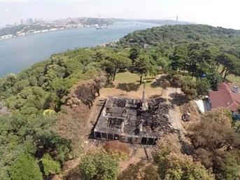 Cengiz İnşaat'ın iş makineleri Fethi Paşa Korusu'nda