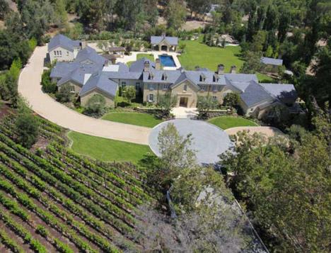 Kim Kardashian'ın büyüleyici malikhanesi