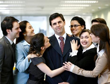 Çalışan herkesi kıskandıran patronlar