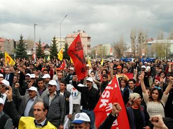 Yarın işçileri türkiye genelinde iş bırakmaya davet etti