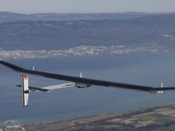 Sıfır yakıtla uçan ilk dört motorlu uçak