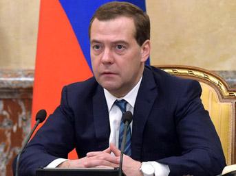 Medvedev'e 'Türkiye karşıtı' önerilerini sunacaklar