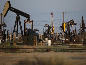 Petrol yılın zirvesine yakın