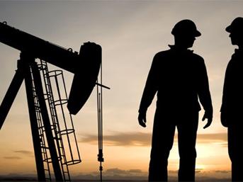 'Petrol fiyatları enflasyonu körükler'