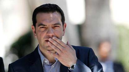 Yunanistan'da SYRIZA partisi lideri Aleksis Çipras başkanlığında kurulan yeni koalisyon hükümeti, kamu varlıklarının özelleştirmesini durdurma kararı aldı.