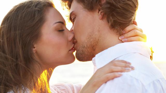 Karşınızdaki erkeği öpücüğünden tanıyın!