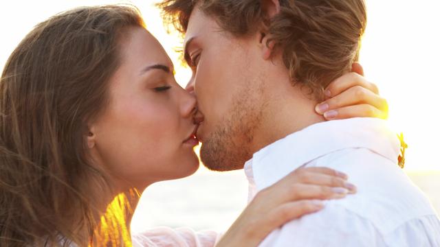 Öpüşürken yapmamanız gereken 6 şey