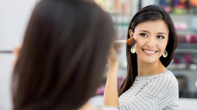 Yüz Şeklinize Uygun Makyaj Önerileri