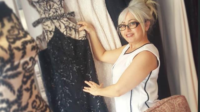 Kuveyt'in ünlü modacısından tüyolar! Kilolu kadınlar nasıl giyinmeli?