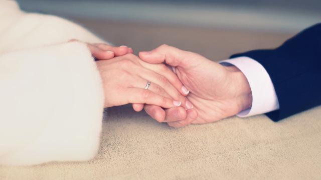 Evliler mi mutlu, mutlular mı evli?