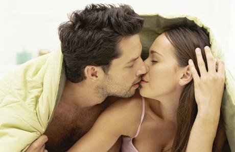 """Dr. Cem Keçe: """"Cinselliği abartıyoruz"""""""