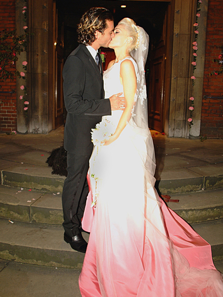gwen-stefani-pink-wedding-d