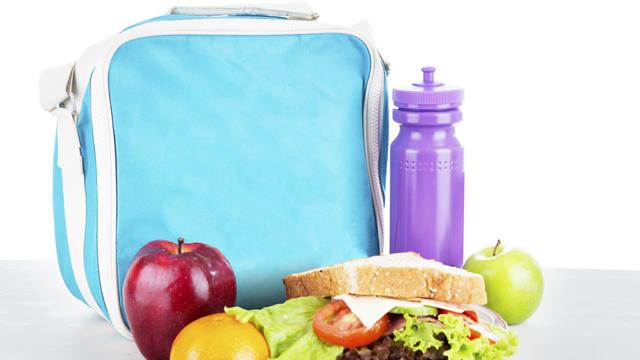 Diş sağlığı için beslenme çantasına ne koymalı?