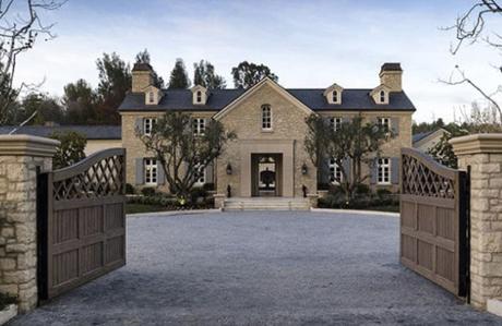 Kardashian ailesinin 7 göz alıcı evi