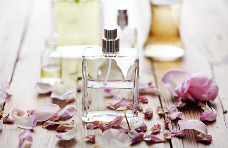 parfüm kullanmak