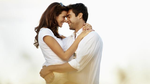 Erkeklerin kadınlarda hoşlandığı 7 davranış