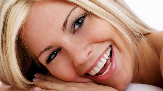 Mezuniyet hazırlığında diş beyazlatmayı unutmayın!