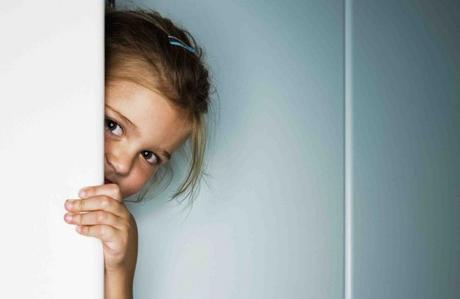Çocuğunuzun utangaçlığını yenmesi için ne yapmalısınız?
