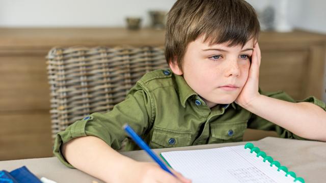 Sağlıksız beslenen çocukların okul başarısı da düşüyor