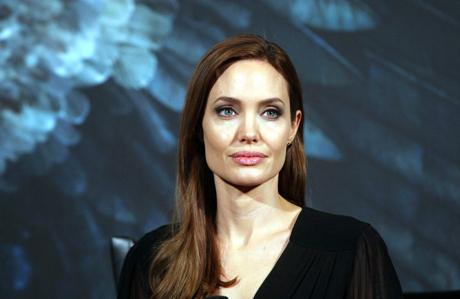 Angelina'nın yüzünün sırrı