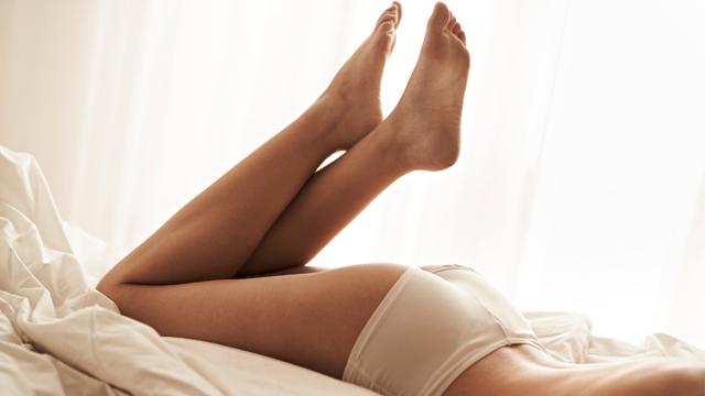 Sürekli bacaklarınızı sallıyorsanız, huzursuz bacak sendromundan kurtulun!