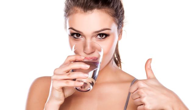 Cilt sağlığınız için yazın bol bol su tüketin!