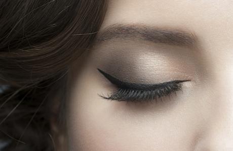 Eyeliner sürme teknikleri