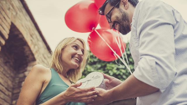 Erkekler, doğru kadını bulana kadar kaç para harcıyor?