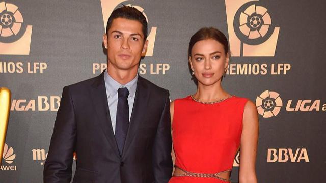 Irina Shayk ve Cristiano Ronaldo futbolun kırmızı halısında