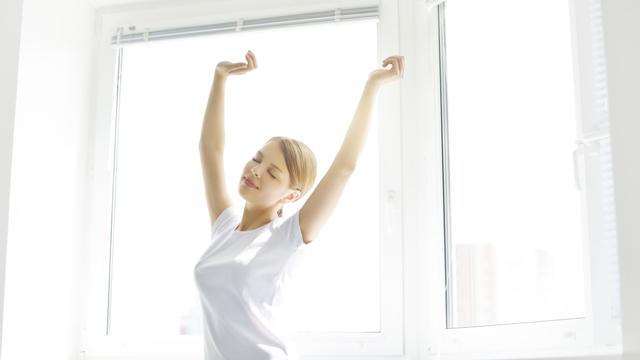 Uykusuz geçen gecenin ertesi gününde nasıl enerjik olursunuz?