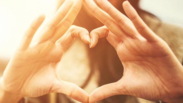 Kadın kalbi fiziksel olarak da hassas