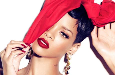 Rihanna yeni Bond kızı oluyor