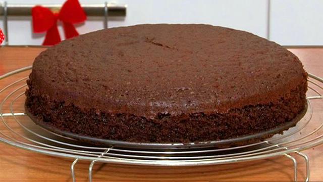 Kakaolu sünger kek tarifi