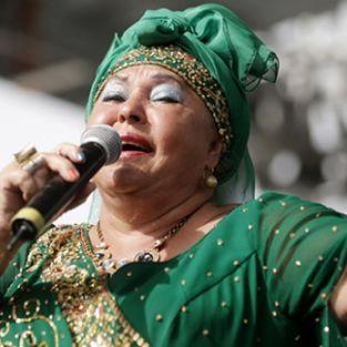 'Çingeneler Kraliçesi' İstanbul'a geliyor
