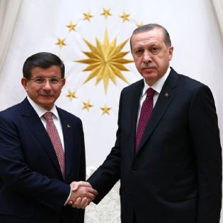 Ahmet Davutoğlu ve Tayyip Erdoğan görüşmesi sonrası ünlüler ne dedi?