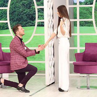 İlk görüşte birbirlerine aşık olan Erkan ve Zahra evleniyor