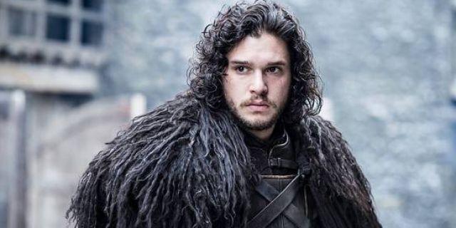 Jon Snow'un sakalsız hali sosyal medyayı yıktı
