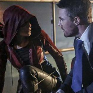 Arrow 5. Sezon 1. Bölüm Fotoğrafları