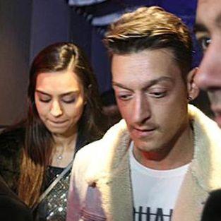 Mesut Özil'den maç arası İstanbul turu