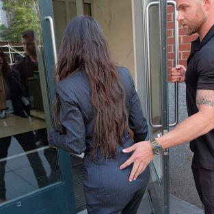 Kim Kardashian'a olay hareket