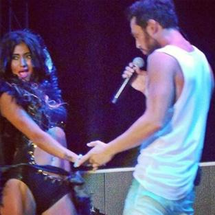 Murat Boz'un dansçısı sosyal medyayı sallıyor