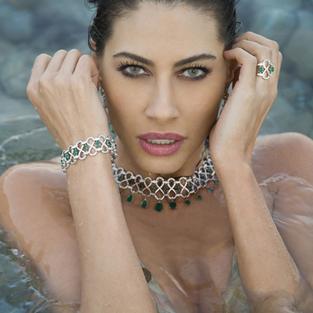 Şenay Akay: 'Zorla öpüp tekmelediler'