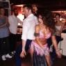 Hugh Jackman'dan göbek dansı