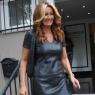 Pınar Altuğ deri ve dekolteli kıyafetiyle göz doldurdu