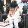 Rihanna imzayı attı