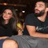 Arda Turan-Aslıhan Doğan çifti, Tarkan konserinde öpüştü