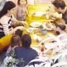 Tuba Büyüküstün ikizleriyle kahvaltıda