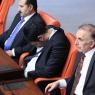 Uğur Işılak mecliste uyuyakaldı