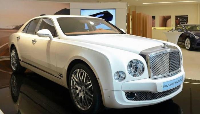Kraliyet ailesine yakışır otomobil